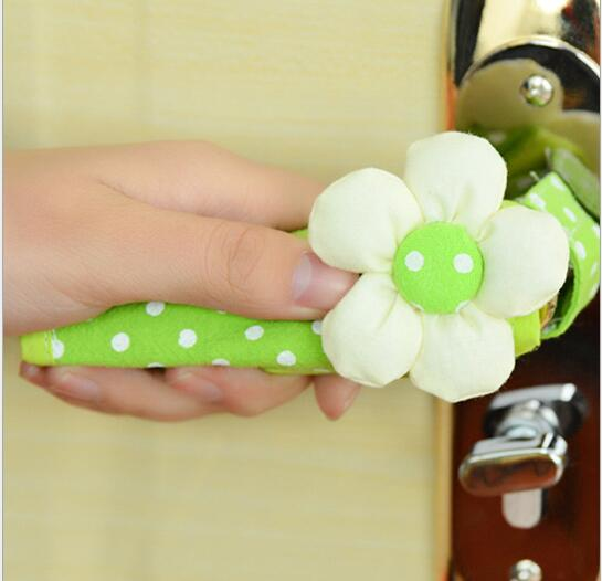 6pcs Pastoral Flowers Cloth Door Handle Protective Cover Doorknob Cover Anti-collision Knob Protective Sleeve Home decoration 3pcs child safety guard protection door handle spiral anti collision security door handle protective sleeve lock essential tool