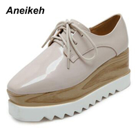 Aneikeh 2018 European Famous Brand Brogue Shoes Woman Spring Patent Leather Oxford Platform Shoes Lace Up Creepers Bullock Flats