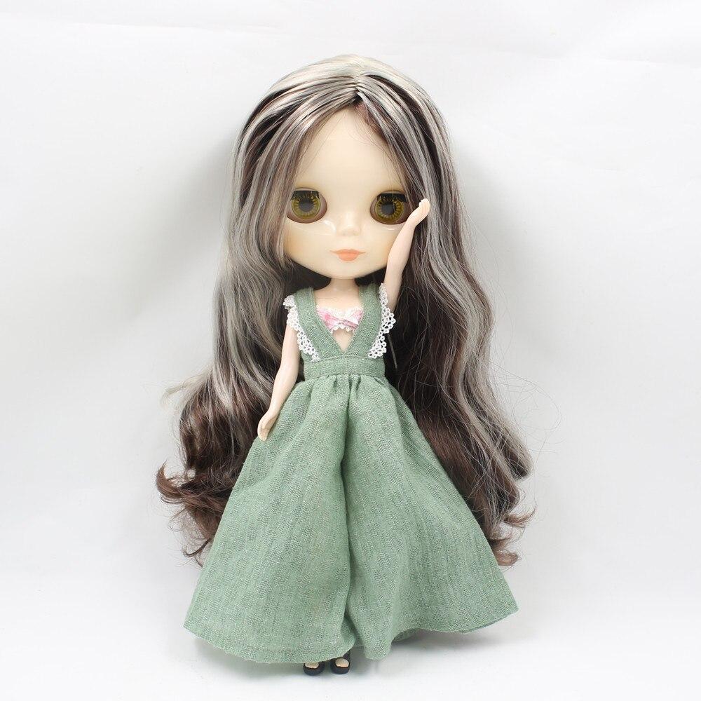 Oyuncaklar ve Hobi Ürünleri'ten Bebekler'de Ücretsiz kargo buzlu blyth Doll bjd 280BL0222/8800 hiçbir patlama merkezi bölüm koyu kahverengi karışımı gri saç normal vücut hediye oyuncak 1/3 30cm'da  Grup 2