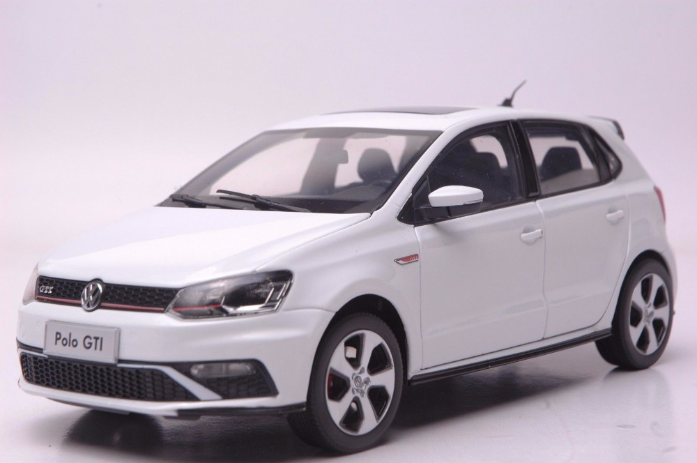 1:18 Diecast Model for Volkswagen VW Polo GTI 2015 White Alloy Toy Car Miniature Collection Gift масштаб 1 18 vw volkswagen new cross polo 2012 diecast модель автомобиля оранжевый
