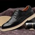 Nuevos Hombres de La Manera de La Vendimia Brogue Zapatos de Cuero Genuino Negro Ocasional Zapatos de Oficina Clásico Zapato de Vestir Los Hombres de negocios Los Hombres Atan Para Arriba pisos