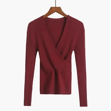 лучшая цена Crop Top Women Knitted Sweater Woman Sexy Deep V-Neck Women Sweaters And Pullovers Korean Long Sleeve Pull Femme Tops