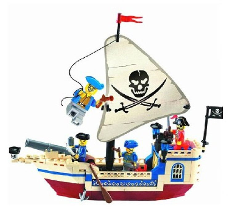 Enlighte Pirates Of The Caribbean Brick Bounty Pirate Ship Building Blocks Set Compatible With Lego Christmas Gifts for Children kazi 608pcs pirates armada flagship building blocks brinquedos caribbean warship sets the black pearl compatible with bricks