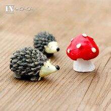 Micro garden Decoration miniature cute mini hedgehog strawberry animals model Action Figures Toy DIY aquarium accessories props