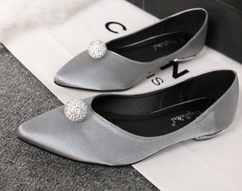 Schuh-dekorationen 100% QualitäT Neue Mode 1,4 Cm Durchmesser Shinning Farbverlauf Strass Perlen Schuhzubehör Dekoration Großhandelspreis 2019 New Fashion Style Online Schuhe