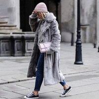 Зимние Для женщин длинное пальто из искусственного меха свободные топы толстые плюшевые верхняя одежда с отложным воротником женские пуши