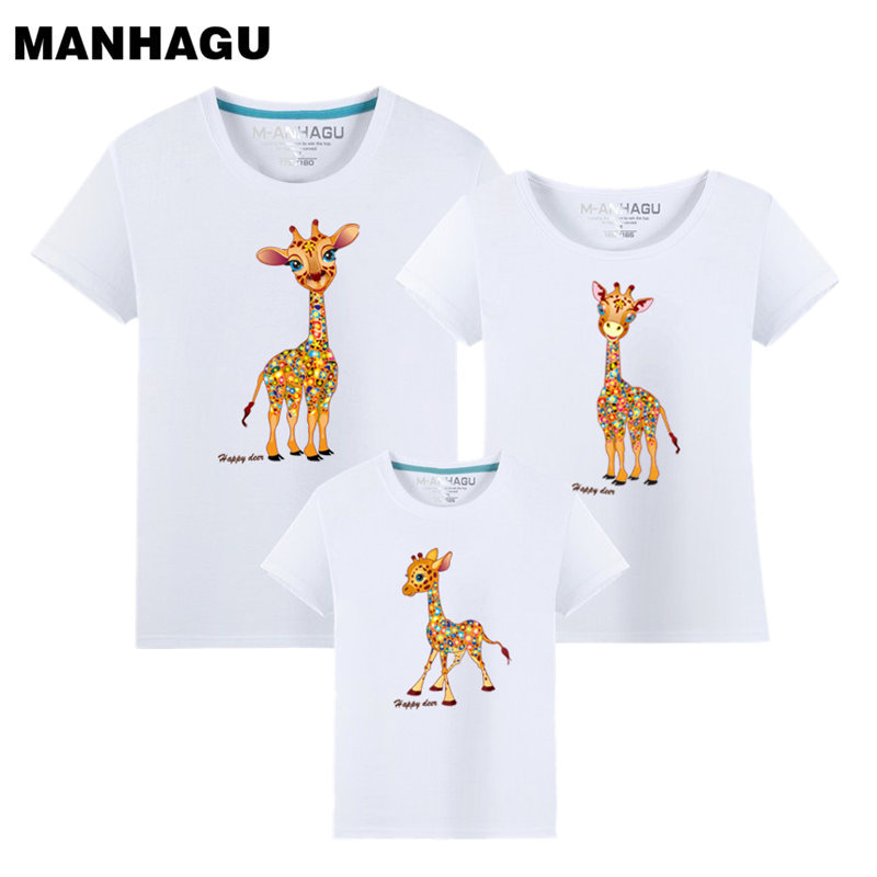 MANHAGU Brand 1 piece Family Look Animals Giraffe T Shirts Summer Family Matching Father mother daughter Outfits Cotton clothes
