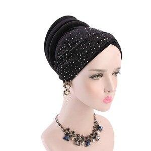 Image 3 - 女性ベルベットスパンコール hijabs 帽子イスラム教徒女性カバーインナーターバン帽子スカーフキャップターバン女性のヘアアクセサリー
