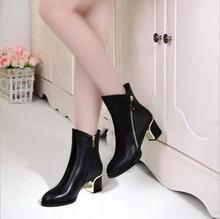 EFFGT Women Boots 2017 new Keep warm Ankle Boots martin boots Women Shoes Autumn zipper Winter Thick heel boots H94