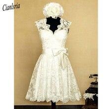 Vestido de novia Vintage de encaje con cuello en V hasta la rodilla, con apliques de lazo, espalda abierta, campo, corto, mangas casquillo, 1950s