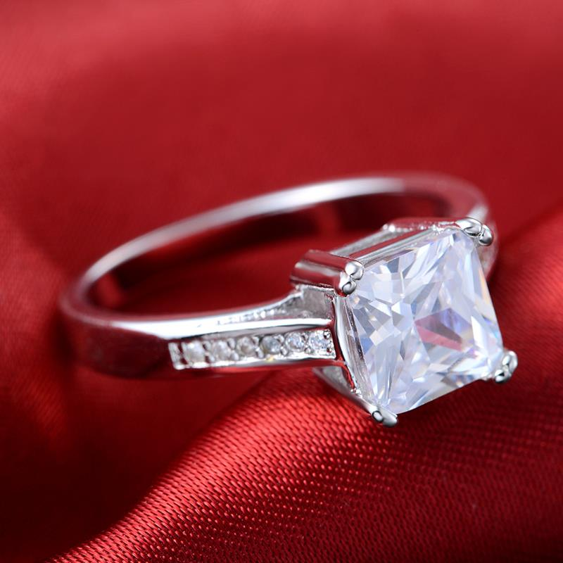 Sliver Color AAA+ CZ Crystal Bijoux Fashion Wedding & Engagement Ring Jewelry For Women As Aniversary Gift R569