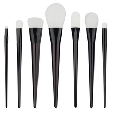 2017 Pro 7Pcs  Powder Foundation Brushes Makeup Brushes Set Black White Powder Blush Brush Cosmetic Tool for Ladies and Girls