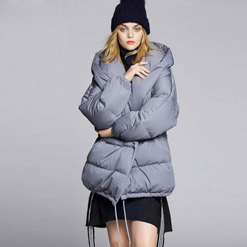 Women Coat Down Hooded Warmer Jacket Winter Fashion Cloak Designers 2017 Womens Puffer Cape Ladies Duck Woman Coats and Jackets