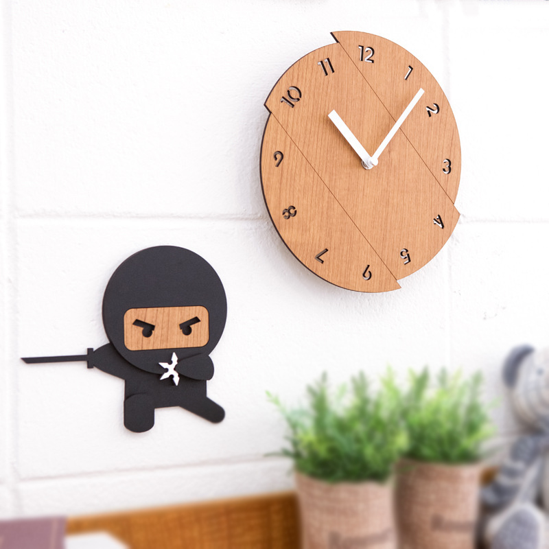 Home Fun Decorative Hanging Wall Clock