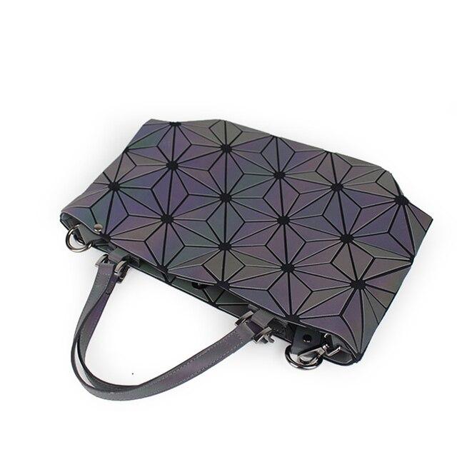 Flowers Poetry Women Bao Bag New Geometry Sequins Mirror Saser Plain Folding Bags Luminous Handbag Women Casual Tote Bao Bag