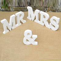 A Set MR MRS Wooden English Letter Decoration Wedding Supplies European Style Crafts Wedding Props White