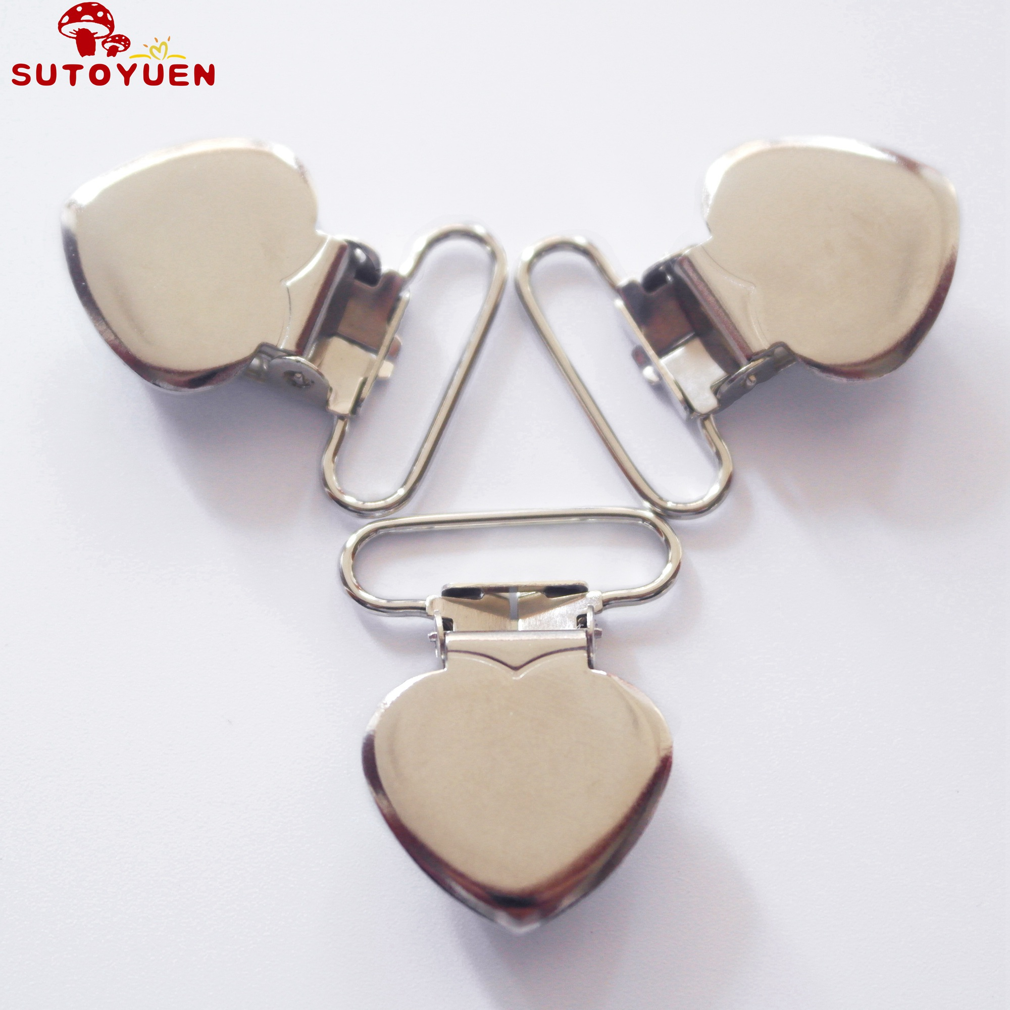 Free Shipping 100 pcs 1 25mm Silver Colored Heart Shaped Baby Pacifier Clips MAN Dummy Clip