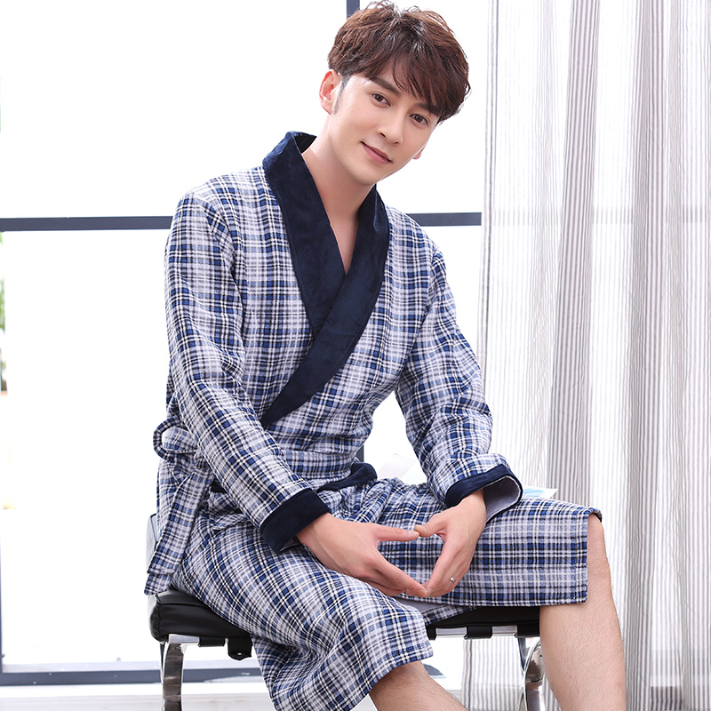 J&Q New Cotton Bathrobe Mens Dressing Gown Home Clothing Mens Bath Robes Kimono Men Yukata Cotton-padded Plaid Classy Bathrobes