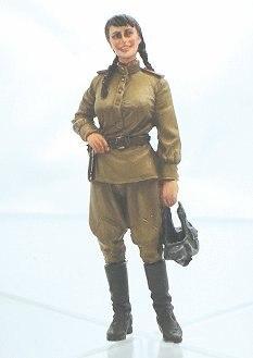 1:35 WWII Soviet Female 127