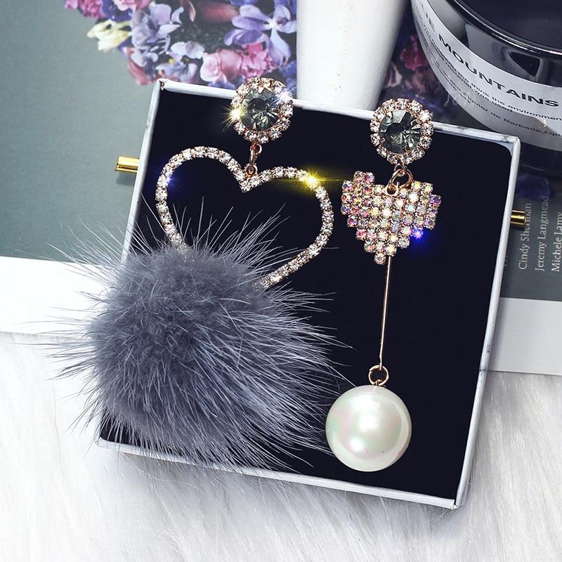 FYUAN Fashion Pink Crystal Love Heart Asymmetry Dangle Earrings White Fur Ball Rhinestone Drop Earrings for Women Jewelry Gift