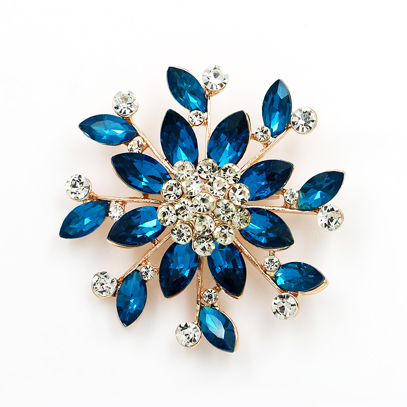 Factory Direct Sale Fashion Design Crystal Rhinestone Brooches Flower Brooch Pins for Women