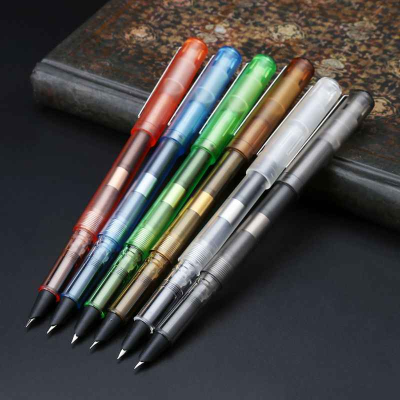 Warna-warni Mewah Fountain Pen Mahasiswa Bisnis NIB 0.38 Mm Kaligrafi Kantor Hadiah