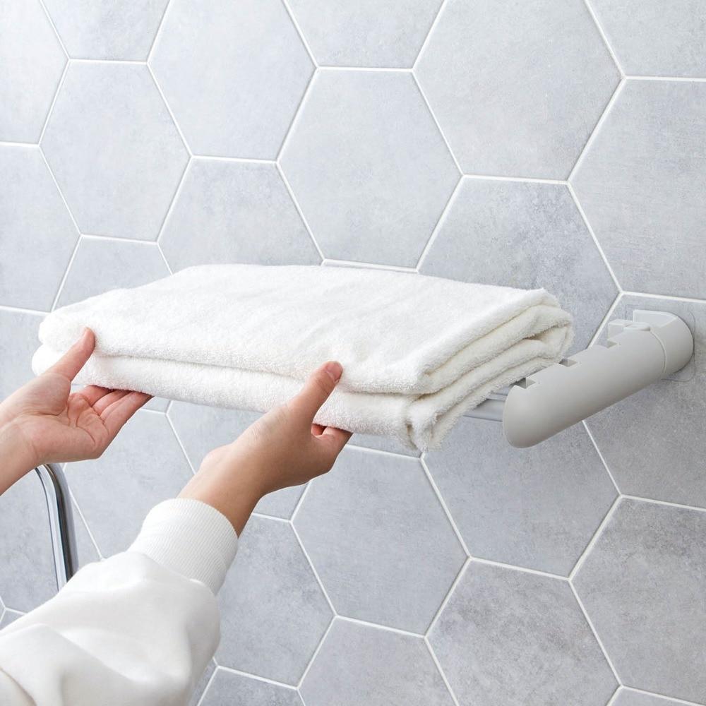 Настенная самоклеящаяся вешалка для полотенец Держатель 3 стержня для хранения ABS мочалка вешалка для полотенец аксессуары для ванной комнаты без штамповки