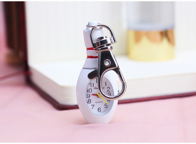 chaoyada Key chain Vintage white color Quality Classical white Tone Cool Fashion Necklace Quartz bowling ball Pocket Watch