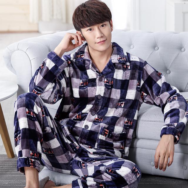 Nuevo invierno primavera de manga larga hombre hombres pijamas ropa de dormir de coral Cálida lana de Ocio ropa de Hogar Gruesa salón de franela pijamas set