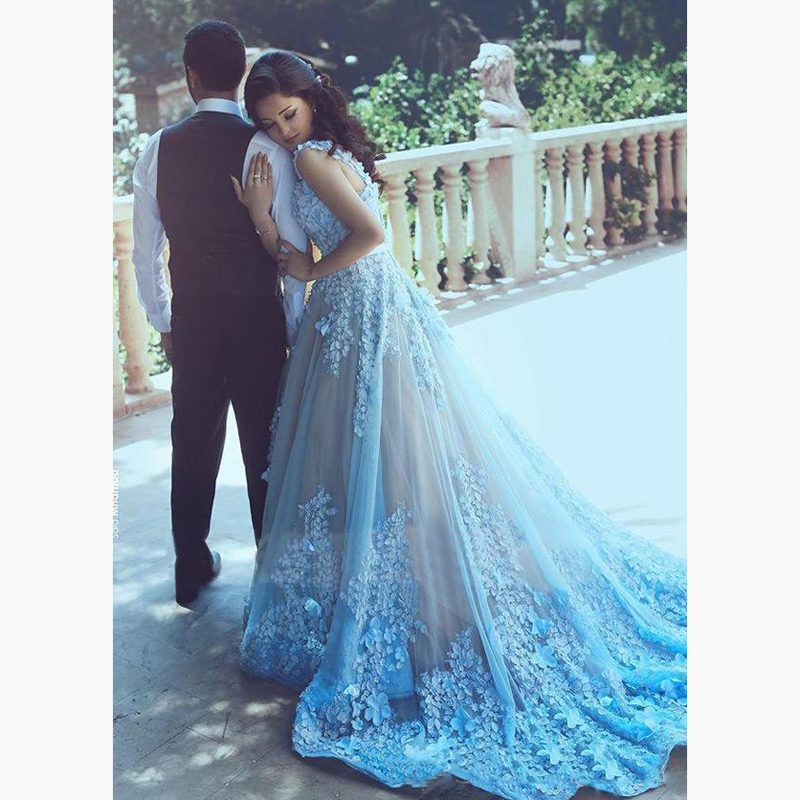 b041e1c45b Pop Sky Blue Appliques Beading Prom Gowns A Line Tulle Lace Floor Length V  Neck Prom Gowns Customizable Vintage De Noiva-in Dresses from Women s  Clothing on ...