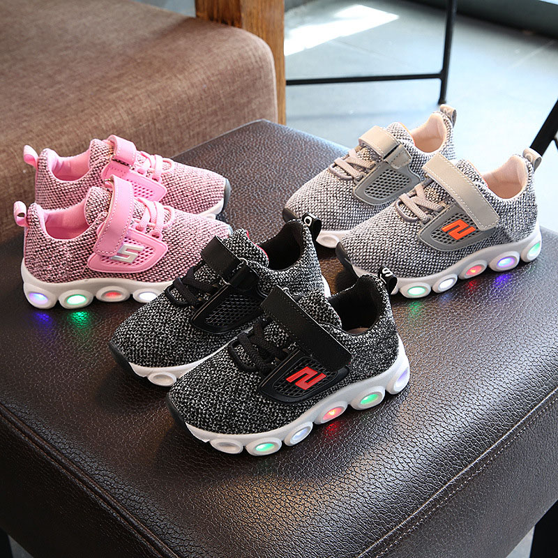 купить High quality Lighted LED Patchwork baby toddlers Hook&Loop solid kids sneakers unisex girls boys children shoes free shipping