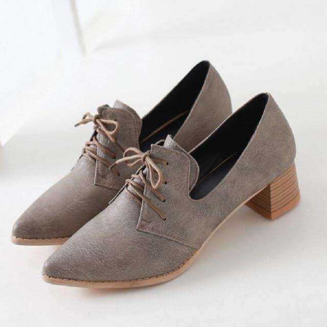 2017 mode Vintage High Heels Oxford Schuhe Frauen Spitz Starke ferse Frauen  Pumpen Für Frauen Casual 6f5a5a9f71
