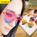 Color de moda Sin Montura de Las Mujeres En Forma de Corazón gafas de Sol Mujer Metal Templos Gafas de Sol de Las Mujeres AMOR Diseño Sin Marco Lentes de Cristales