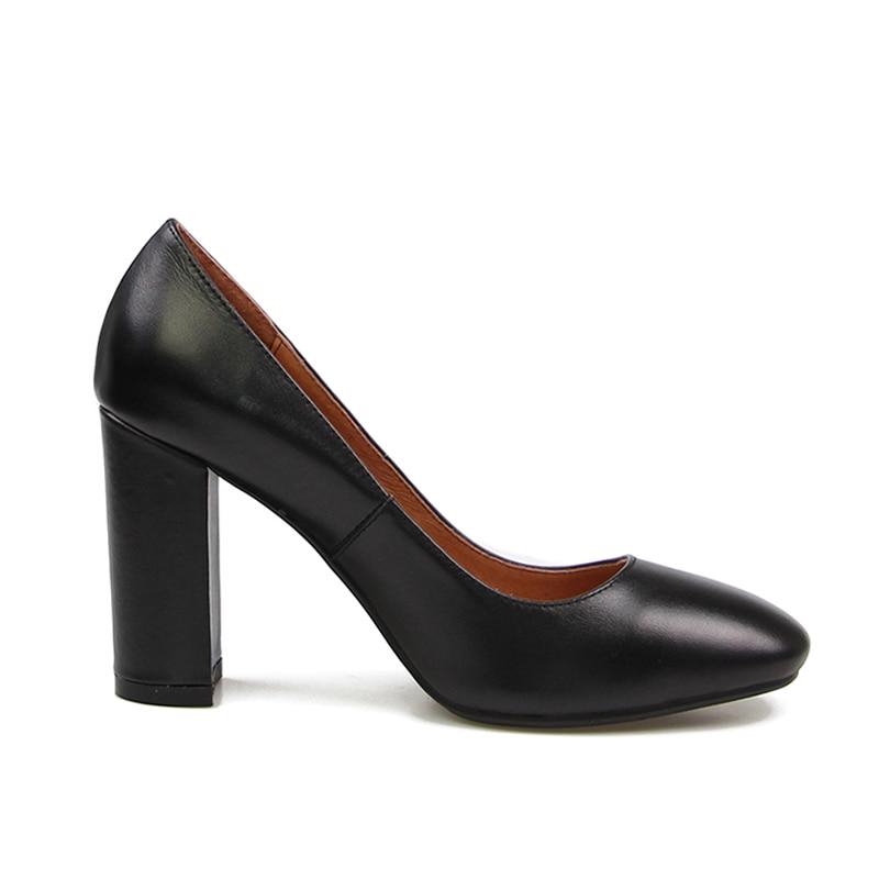 Profonde White Pompes Cuir Femmes 9 Chaussures Slip Base Carré Yjn08 Bout Véritable Talons De Épais Hauts beige Talon black Sur Peu En Cm Dames Complète Muyisexi OmwNnv80