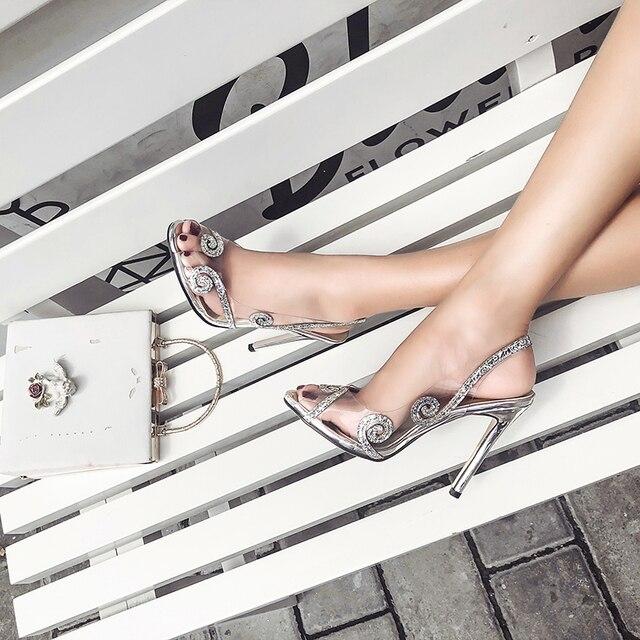 2018 sandalias de gladiador de mujer brillantes Peep Toe zapatos  transparentes correa trasera verano Zapatos de 9472b87f917c