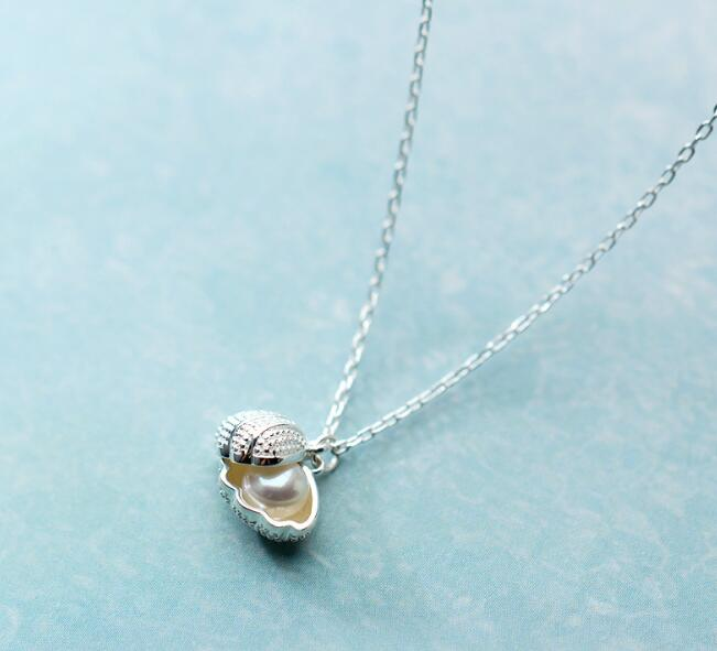 SMALL 1PC Freshwater Pearl Into The Shell Shape Pendant Necklace 100% Real. 925 Sterling Silver Fine Jewelry GTLX1582