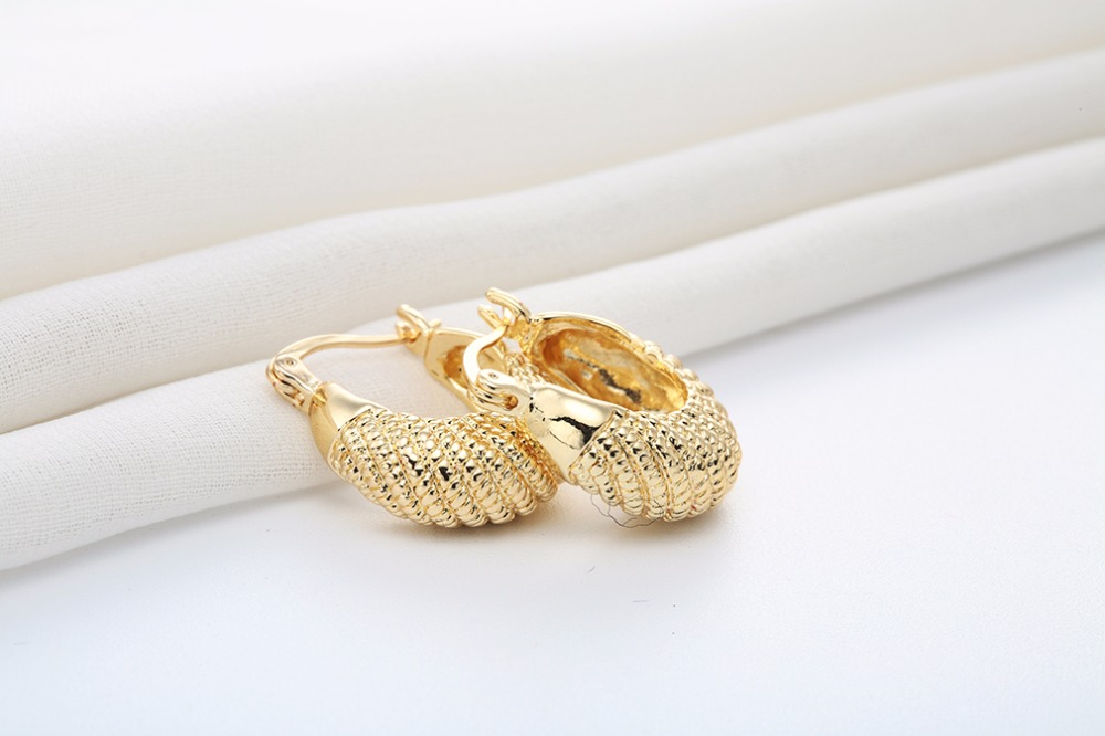 Trendy Charming Jewelry18K Gold Plated Simple Design Smal Hoop ...