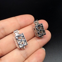 8pcs Silver Plated Hollow Heart Cube Trendy Necklace Jewelry Making Pearl Cage Locket Pendant Perfume Diffuser Fun Jewelry Gifts