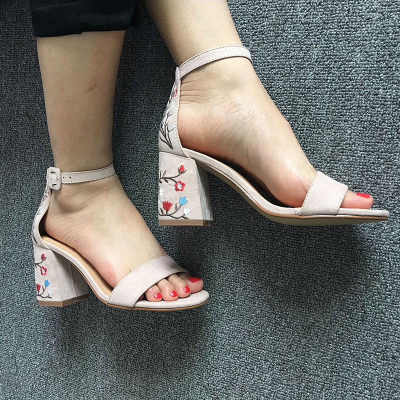Suede Leather Shoes Woman Sandals Embroidery Floral High Heel Women Sandals Ethnic Floral Sandalias Zapatos Mujer Wedding Shoes 2