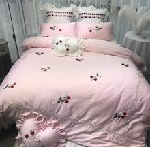 Cute lace ruffled pink embroidered strawberry cotton bedding set,full queen king home textile bed sheet quilt cover pillow case
