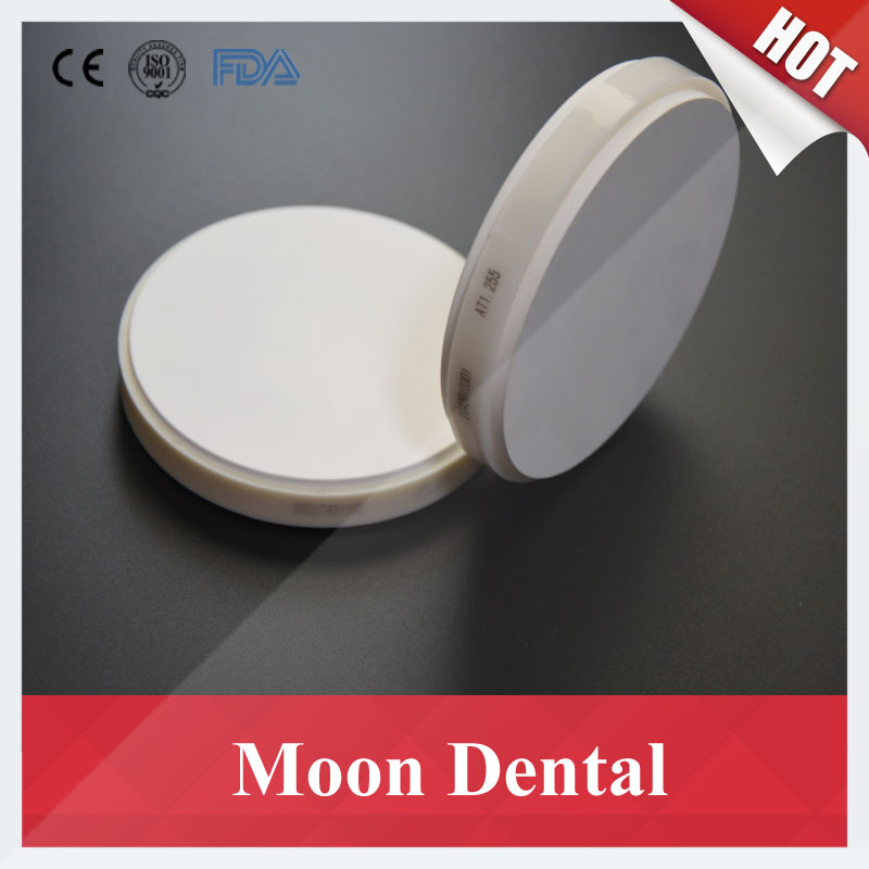 цена на 2 Pieces OD100*10mm Dental CAD/CAM Zirconia Ceramic Blocks with Plastic Ring Outside for Porcelain Teeth Crown and Bridges