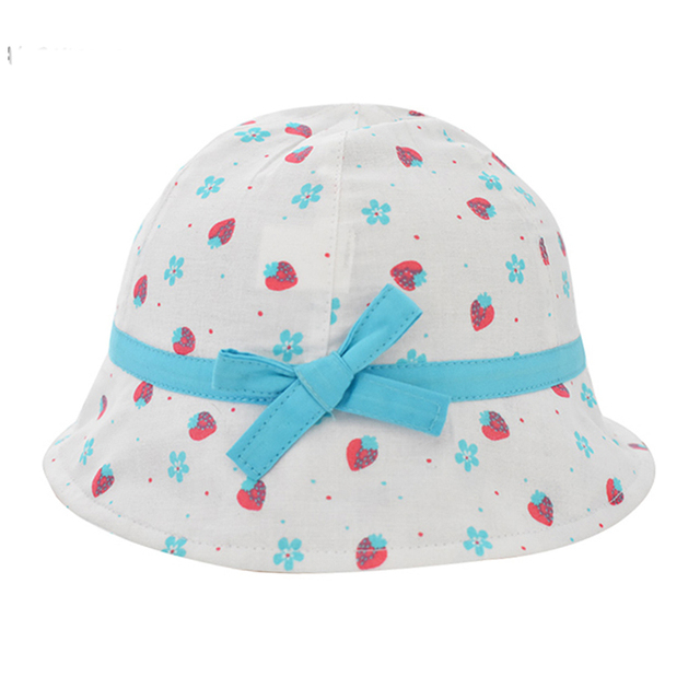 Girls 100% Cotton Strawberry Bucket Hat Blue Bowknot Floppy Hats 2018  Summer New Kids Sun UV Protection Caps Baby Accessories b845ecfe6e77