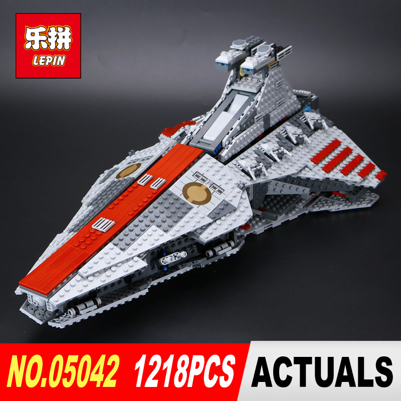 Lepin 05042 Star huge Wars The Republic Fighting Cruiser Set Building Blocks Bricks Educational Children gift legoed 8039 new lepin 16009 1151pcs queen anne s revenge pirates of the caribbean building blocks set compatible legoed with 4195 children