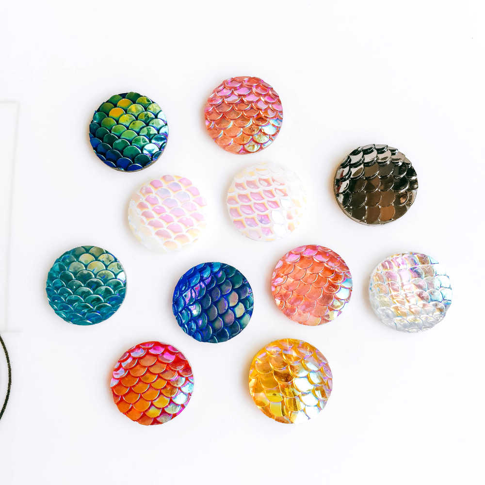 ZEROUP 20pcs 12mm Resin Cabochons Fish Scales Round Cameo Flat Back  Cabochon Supplies for Jewelry Finding 015b186e14da