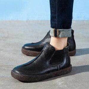 Image 2 - 2020 女性イングランドスタイルブランド新女性の本革フラットブーツの靴秋のアンクルブーツ冬のレトロなブーツ