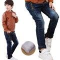 Nueva Marca Jeans Infantil Chicos Casual Invierno Espesar Pantalones Vaqueros Largos pantalones Vaqueros Del Bebé del Algodón Caliente Pantalones de Mezclilla Chicos de Moda ropa