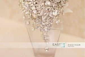 Image 4 - Silber brosche bouquet high end kundenspezifische hochzeit brautsträuße kristall diamant teardrop Braut Bouquet hochzeit dekoration