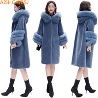 2018 New Women's Winter Woolen Coat Granule Sheep Shearing Compound Sheep One Long Fox Fur Collar Hooded Warm Fur Jacket TQ273