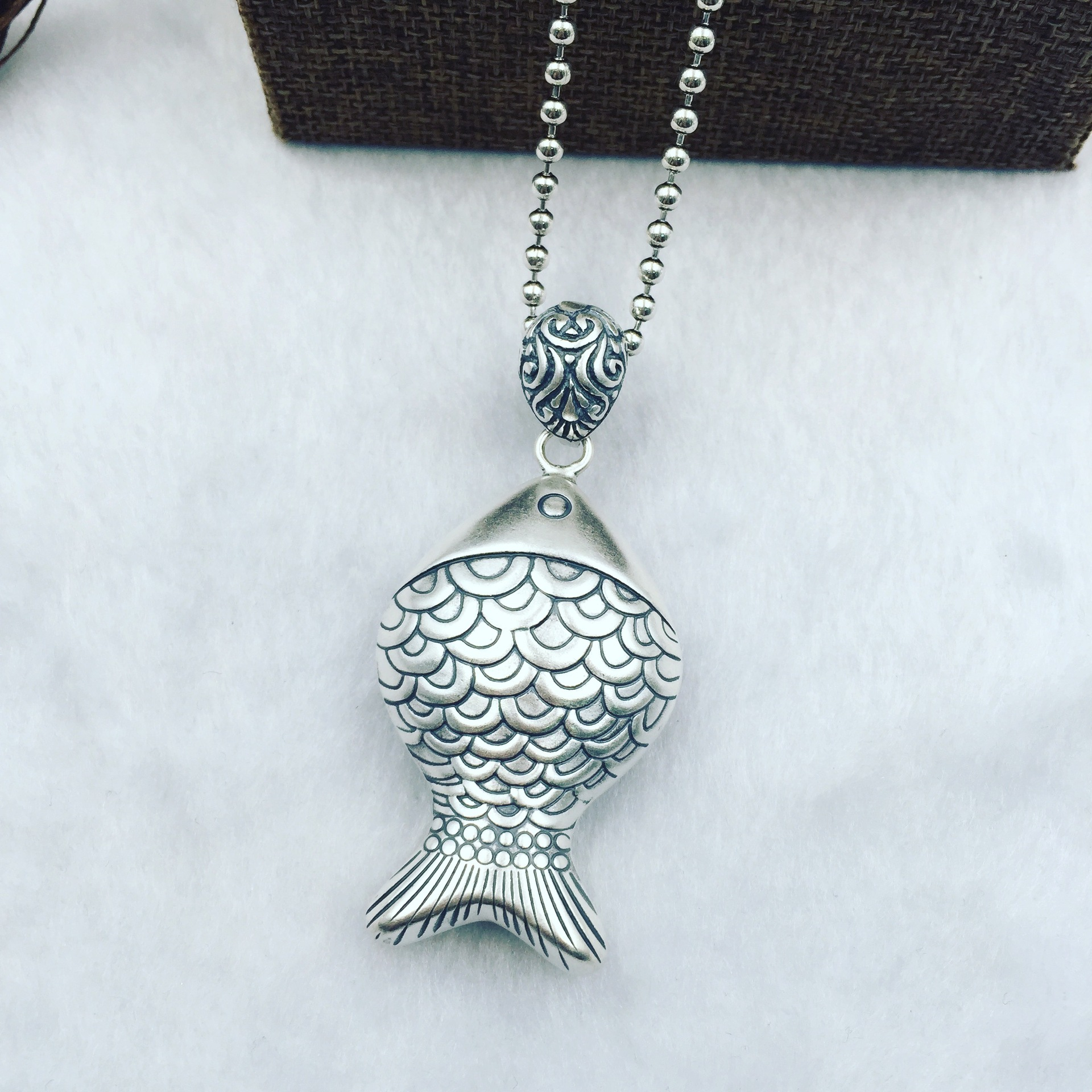 The ancient Thai koi carp heart genuine S990 Zuyin silver silver pendant Pendant Chain sweater factory direct genuine s925 sterling silver pendant silver abacus activities auspicious clouds sweater chain pendant factory direct
