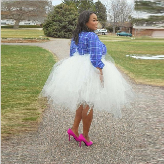 Más el Tamaño Puffy Balón vestido de Falda de Tul Blanco 2017 de Moda Longitud de la rodilla Mujeres Puff Tutu Faldas Personalizar Faldas Saias Grunge Jupe